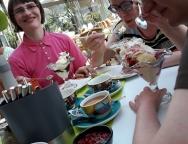 Eis essen im Hotel